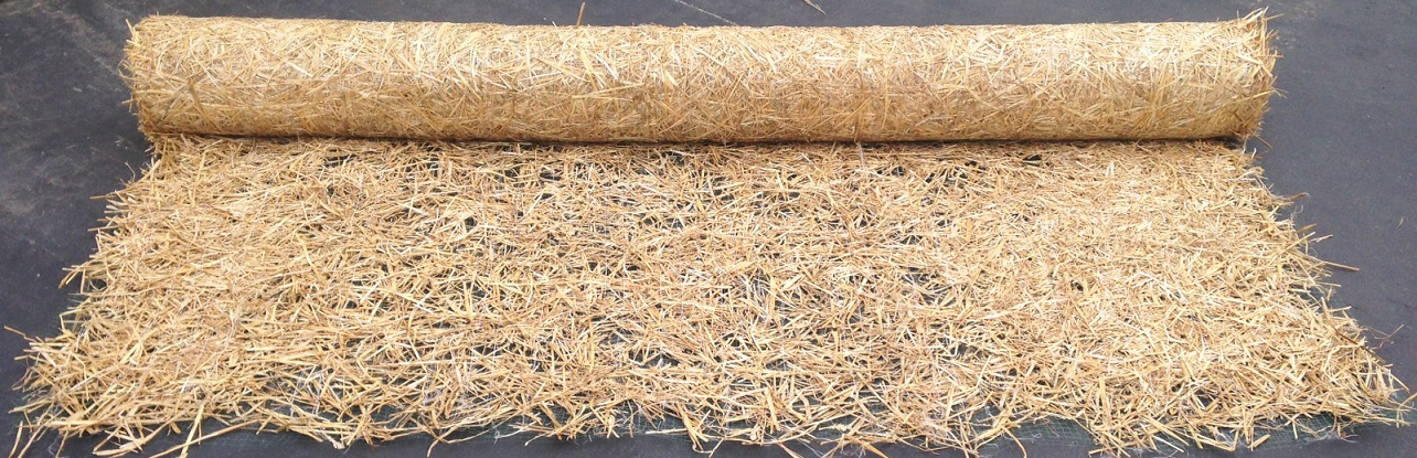 Straw Blanket Rolled Out